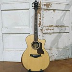 Taylor 814ce Grand Auditorium Cutaway Acoustic/Electric Guitar